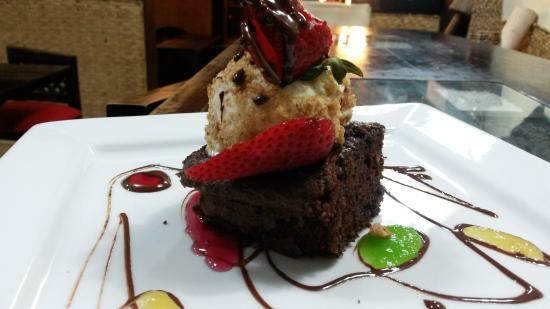 Amarelo Cafe - Restaurante: Brownie Amarelo