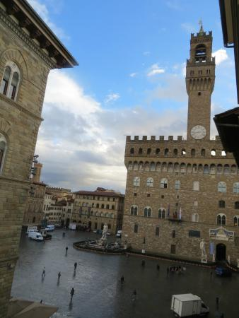Relais Piazza Signoria: View from our room on the third floor