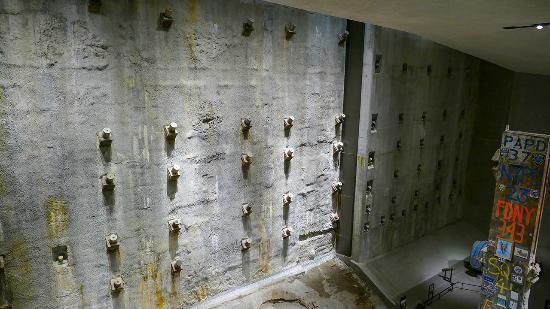 The National 9/11 Memorial & Museum: 09 11 Museum
