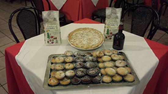 Pizzeria Villa Giovanna: preparati rigorosamente con farina petra 1