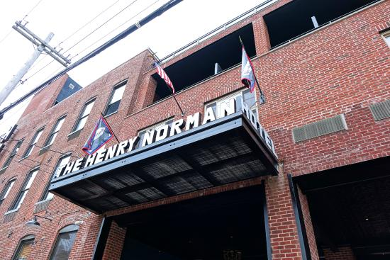 Henry Norman Hotel Brooklyn Reviews