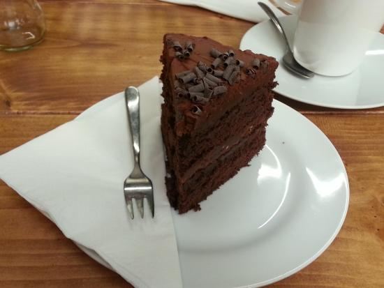 The Bakehouse Cafe: Buttercream chocolate cake