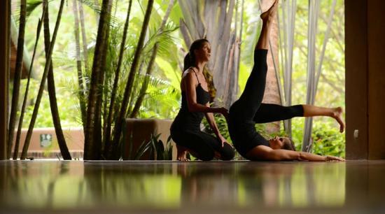Florblanca - Pilates: Control Balance with Jenny and Nadja