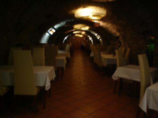 Alfa Hotel Fiesta: salão restaurante /café