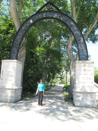 Northwestern University: Li at the entry gate of the campus