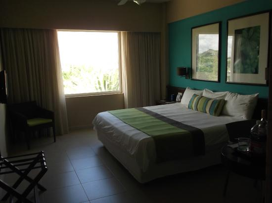 NH Punta Cana: Modern rooms with every detail imagined!