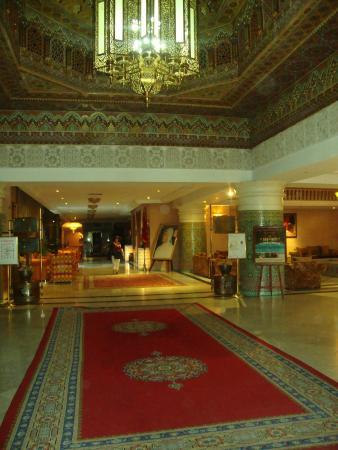 Zalagh Parc Palace: Hall do Hotel