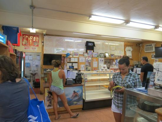 ted bakery This video is about ted's bakery, north shore, oahu, hawaii they make some spectacular pies the chocolate haupia cream pie is just unbelievable if you are traveling to the north shore of oahu, you have to stop here it is 30 seconds from the world famous sunset beach.