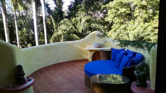 Kalapiti Luxury Jungle Suites : Rooms have front and back balcony