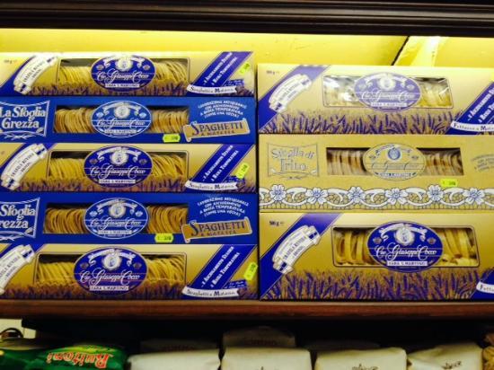 Sale Blu Di Persia : Sale blu di persia picture of antica salumeria pane 1864 naples