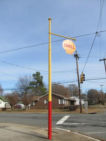 Old pump - Picture of Shell-shaped Gas Station, Winston Salem