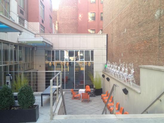 Aloft Harlem: Front Entrance