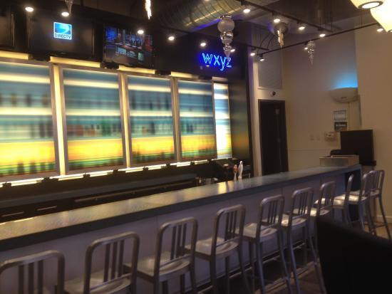 Aloft Harlem: The Bar