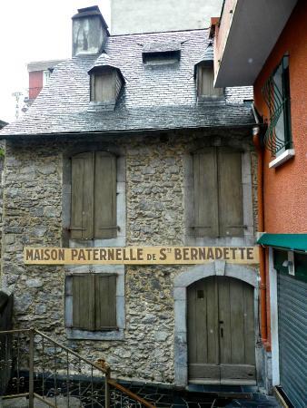 House were st bernadette was born picture of casa natal bernadette lourdes tripadvisor - Casa de lourdes ...