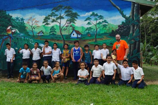 Hotel Las Colinas: Volunteering @ Escuela La Guaria