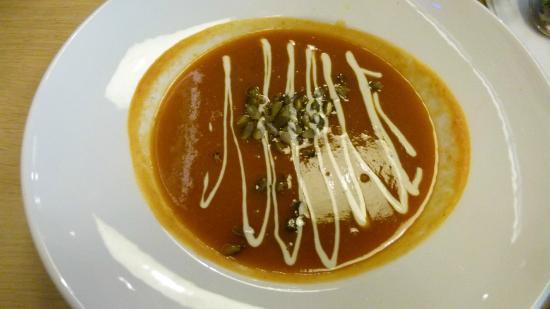 Dauphine: Nice looking, tasty soup