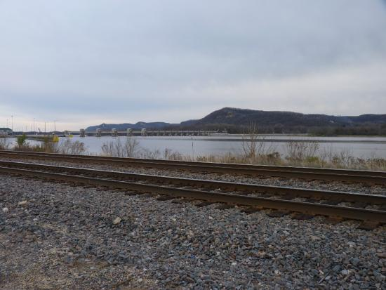 Inn On The River: The Mississippi River - and the adjacent train tracks