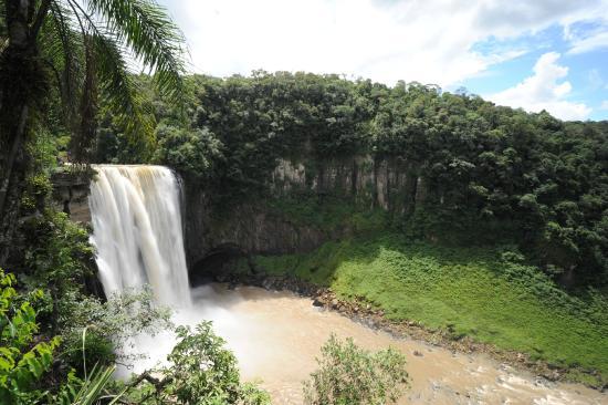 Prudentopolis, PR: Salto Barão do Rio Branco, próximo da Usina de Geração de energia