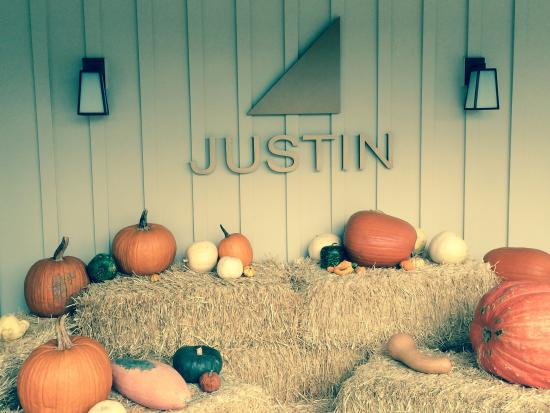 JUSTIN Vineyards and Winery : Fantastic Wines