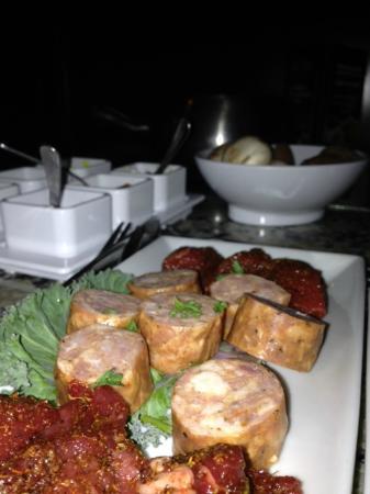Melting Pot-Arlington TX: Fillet and sausage main course