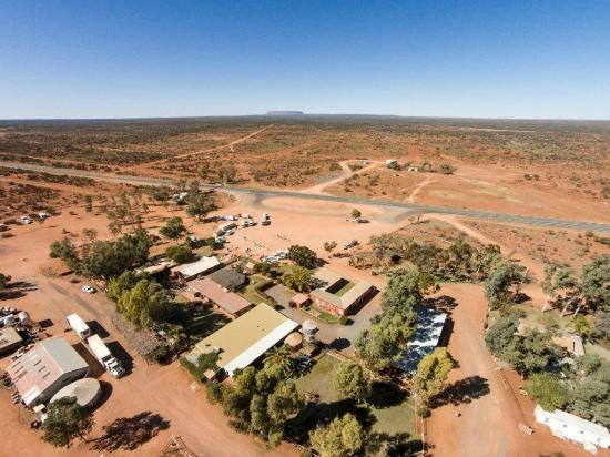Curtin Springs Station: Curtin Springs Wayside Inn - Aerial shot