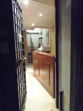 Locanda Cavanella: Recepção do hotel