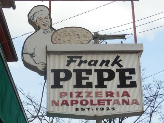 Frank Pepe Pizzeria Napoletana: New Haven's Original