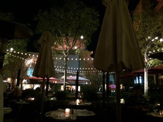 Superior Il Fornaio: Pretty Patio At Night