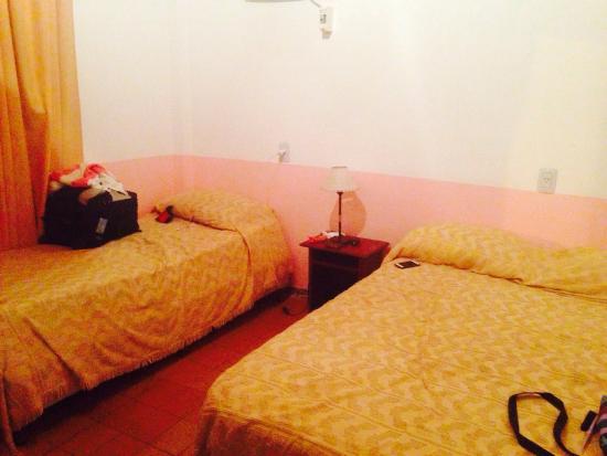 Hotel Tierra Colorada: Habitación de doble cama