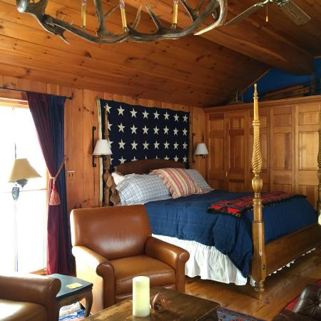 WhistleWood Farm Bed and Breakfast: Northwind Room