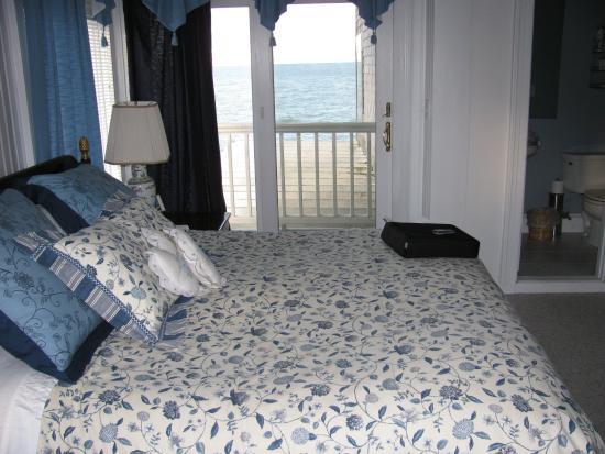 Oceanside Inn: View from the room