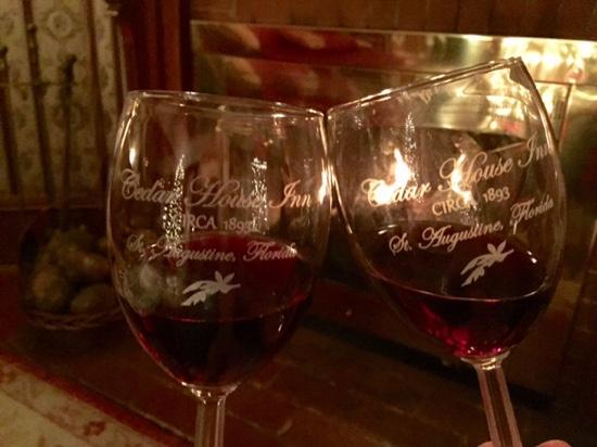 The Cedar House Inn: Wine by the fire on a cold St. Augustine night.