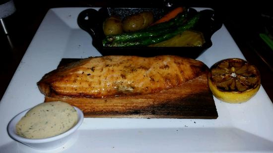 Seasons 52: Cedar plank salmon