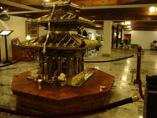 Hotel Annapurna : A temple (?) in the hotel