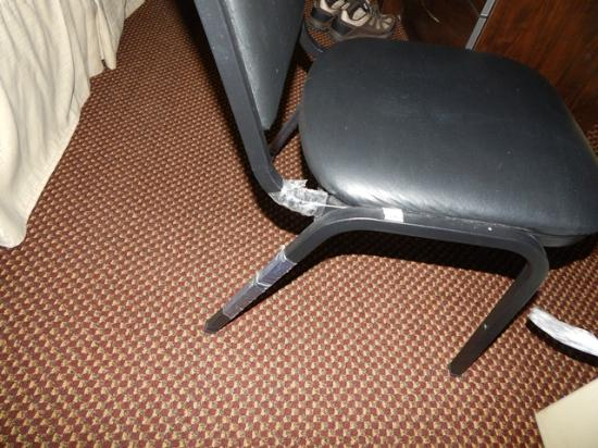 Microtel Inn & Suites by Wyndham Columbia Two Notch Rd Area: Not fully unwrapped desk chair