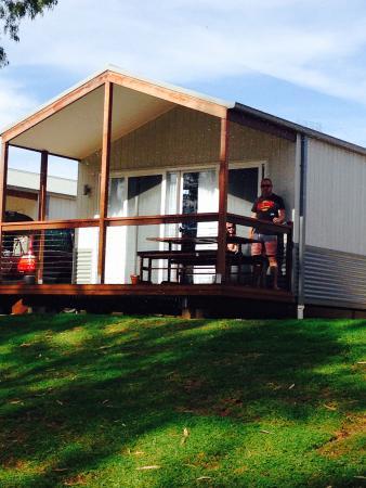 Loxton Riverfront Holiday Park: Executive Cabin
