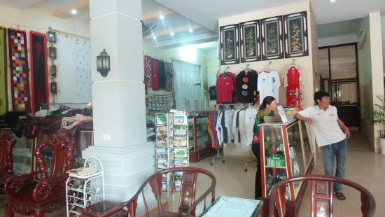 Yen Nhi Hotel : la boutique
