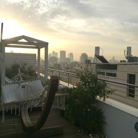 Shalom Hotel & Relax Tel Aviv - an Atlas Boutique Hotel: 屋上のテラス(実際は写真の雰囲気よりも小さいです)
