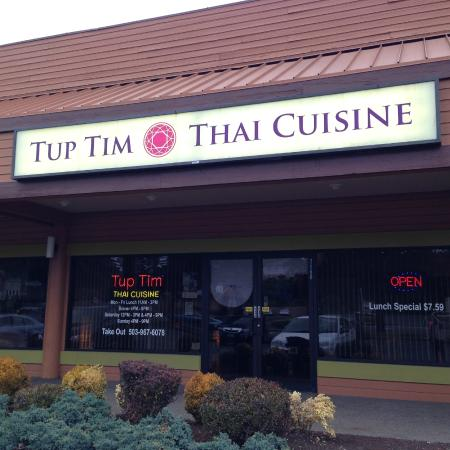 Outside of Tup Tim Thai Cuisine