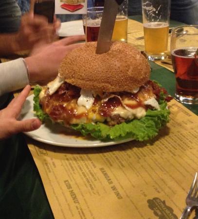 Osnago, Italie : 1.3 kg di panino troppo buono