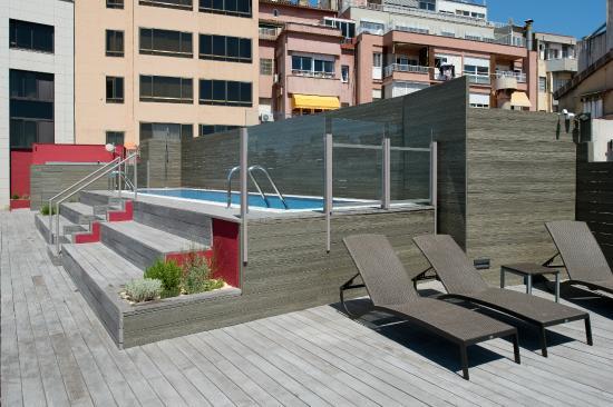 Hotel Catalonia Barcelona 505: Piscina