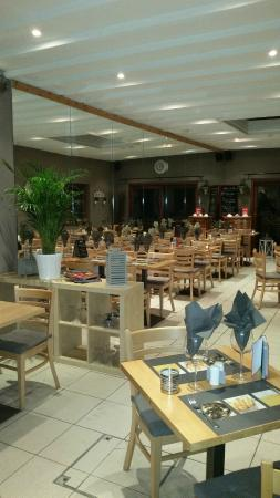 Ganshoren, เบลเยียม: Kom Chez Nous Friture Restaurant