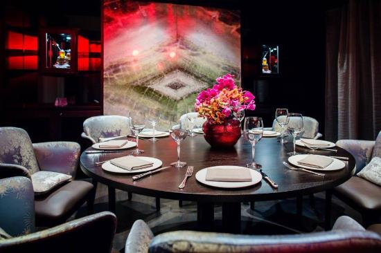Alice Choo SA Restaurant Private Dining Im Lalique Room