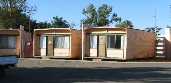 Kulgera Roadhouse Hotel Motel : Cabins