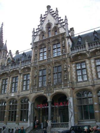 Ancien bureau de poste photo de post plaza gand tripadvisor - Bureau de poste belgique ...
