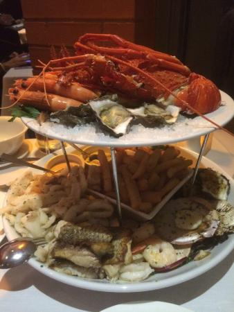 Angelo's on the Bay: Seafood platter for 2 (@$180)