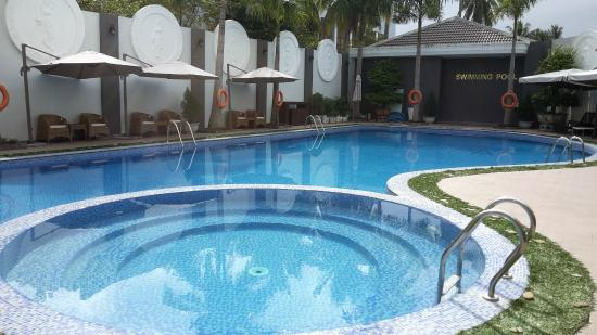 Eden Plaza Danang : Swimming pool