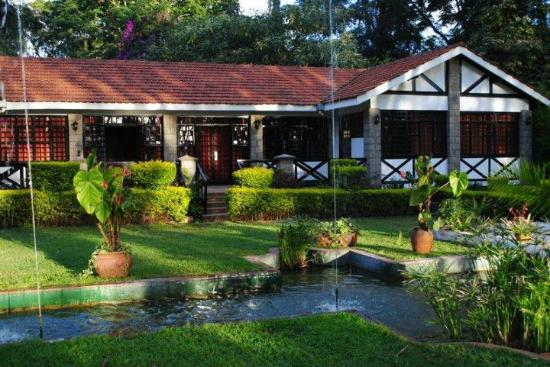 Karen Country Lodge: Conference centre and gardens