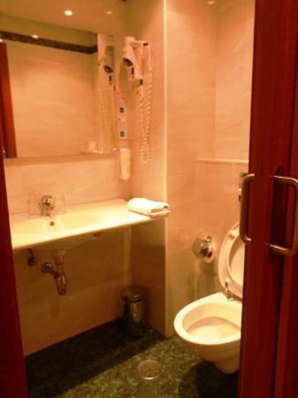Hotel Villa De Barajas: Bad2
