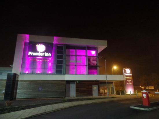 The Hotel Picture Of Premier Inn Liverpool John Lennon Airport